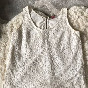 HM cute lace top